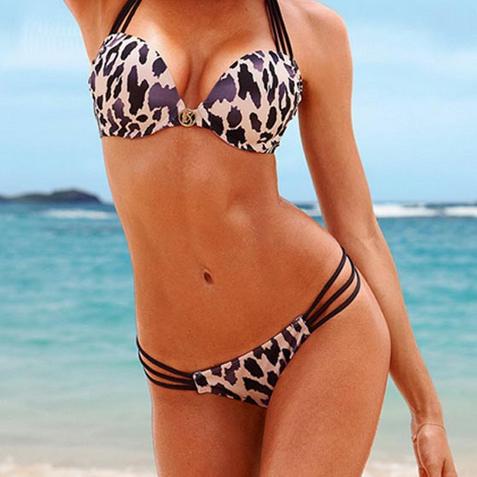 Шокирующий купальник с леопардовой расцветкой с эффектом пуш ап